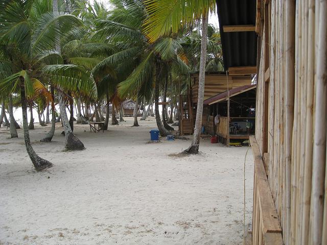 Island_Cabin